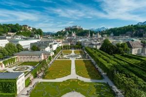 mirabellgarten_mit_blick_auf_festung_hohensalzburg